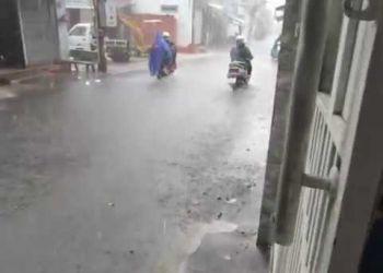 Máy bơm chống ngập nước mưa - siêu máy bơm chống ngập