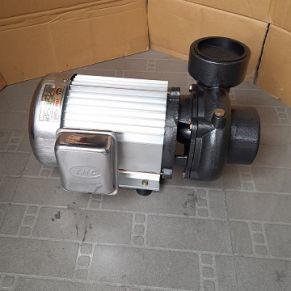 Máy bơm nước lưu lượng lớn Vina Pump VN 1100 (1.5HP)
